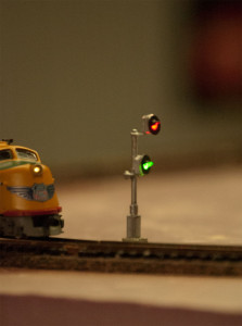 UP995 at Signal 34. Dual Searchlight Signals, Scratch Made with BLMA Signal Heads.