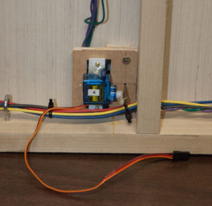 Turnout 4 Servo Mounted. The horn swings UP in this photo, so the wire bundle below the servo does not interfere.