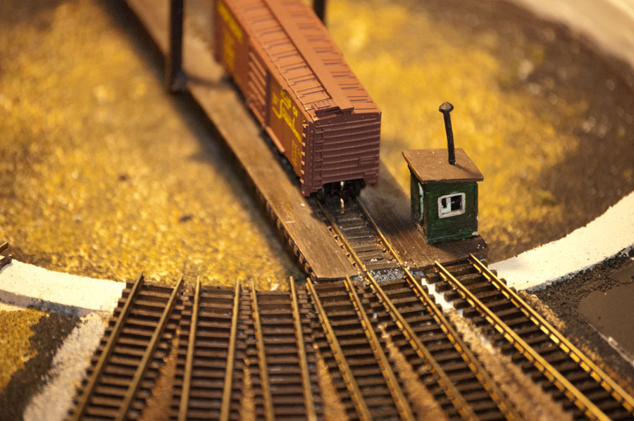 Track from the Roundhouse meets the turntable.